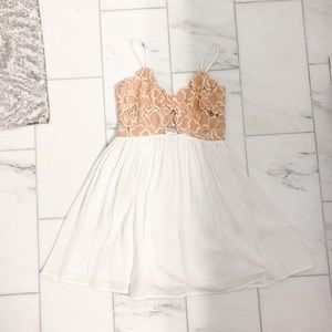 Lace bodice minidress
